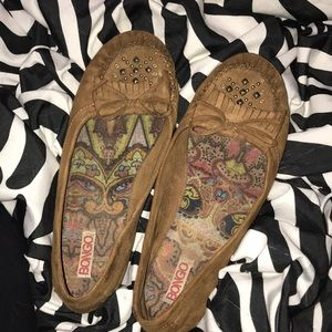 Moccasin style flats